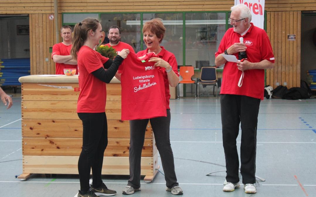 SSF 2019 Uebergabe - Ludwigsburgs fitteste Schule braucht Teamgeist!