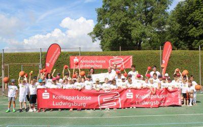 Kreissparkasse Ludwigsburg unterstützt BALL-Camp des MTV
